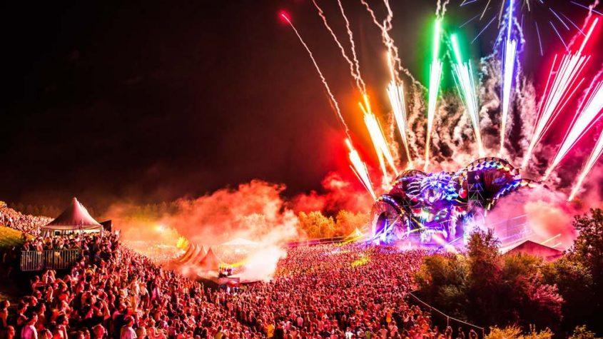 DARE TO WONDER: MYSTERYLAND FESTIVAL