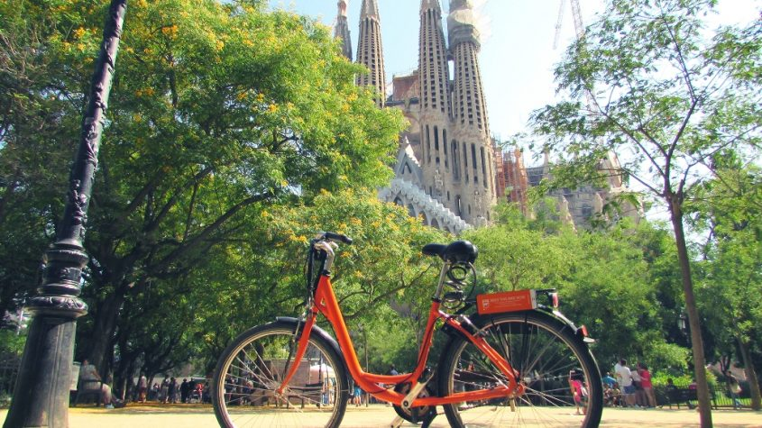 EXPLORE SOME OF THE MOST ICONIC EUROPEAN DESTINATIONS – BY BIKE